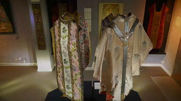Как одевались священники в Средневековье