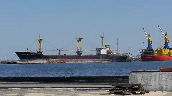 Kijev azovi-tengeri orosz blokádról beszél