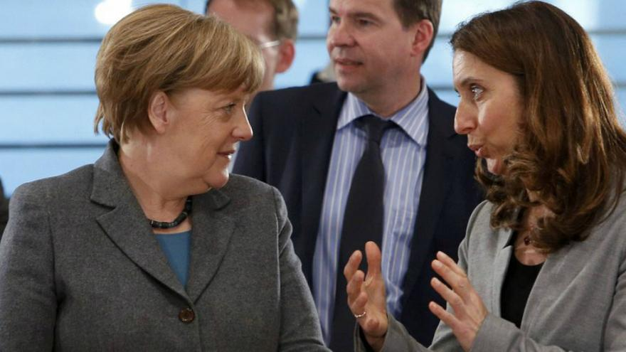 Alman vekil: Türkiye demokrasiye dönerse o zaman yardım yapabiliriz