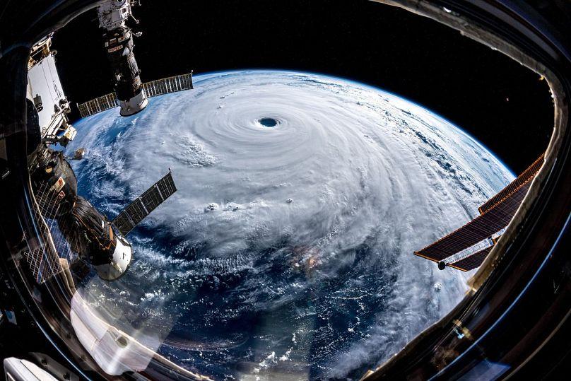 Un potente tifón deja heridos en Japón