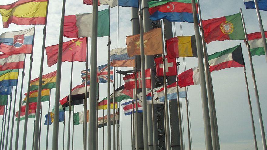 هكذا تمت تسمية معظم بلدان العالم وبلدك واحد منهم!