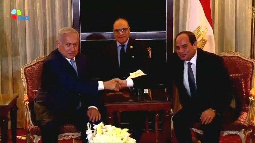Mısır İsrail-Filistin barış görüşmelerinin yeniden başlatılması çağrısında bulundu