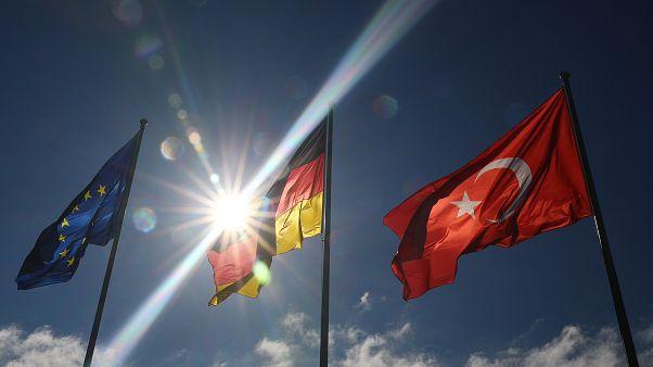 Erdoğan Gümrük Birliği'nin yenilenmesi için Merkel'i ikna edebilecek mi?