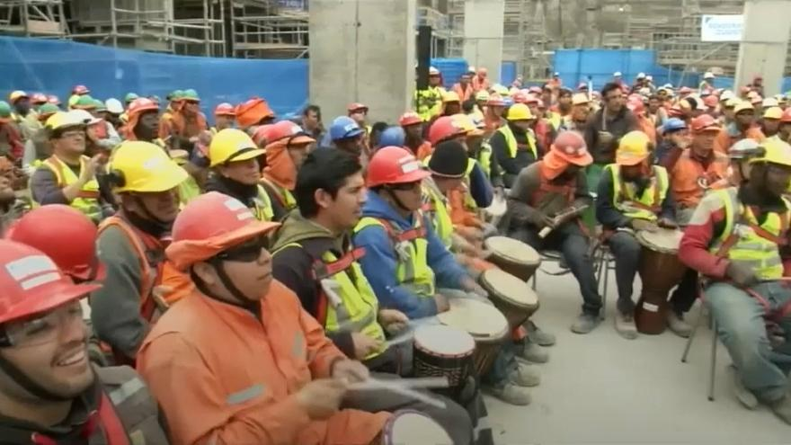 Chilean construction workers relieve stress with percussion