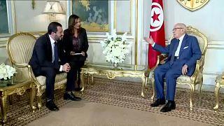 وزير داخلية إيطاليا يزور تونس لبحث الهجرة غير الشرعية