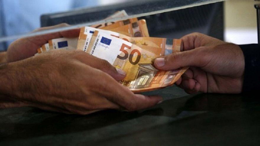 Ελλάδα: Πλήρης άρση περιορισμών σε αναλήψεις και κινήσεις κεφαλαιών