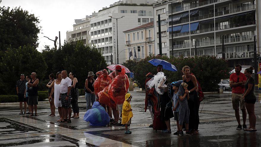 Στη δίνη της κακοκαιρίας η Ελλάδα- Έκτακτο δελτίο επικίνδυνων καιρικών φαινομένων