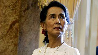 پارلمان کانادا شهروندی افتخاری آنگ سان سوچی را پس گرفت