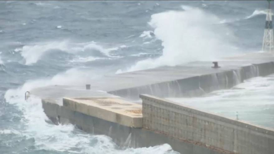 """Greece battens downs hatches for """"Medicane"""" cyclone"""