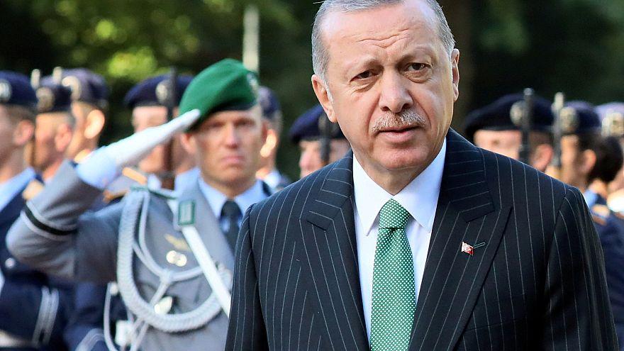 Merkel und Erdogan: Tiefgreifende Differenzen bleiben bestehen