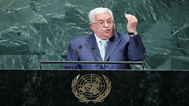 عباس يدعو ترامب لإلغاء قراراته المتعلقة بالقدس واللاجئين والاستيطان