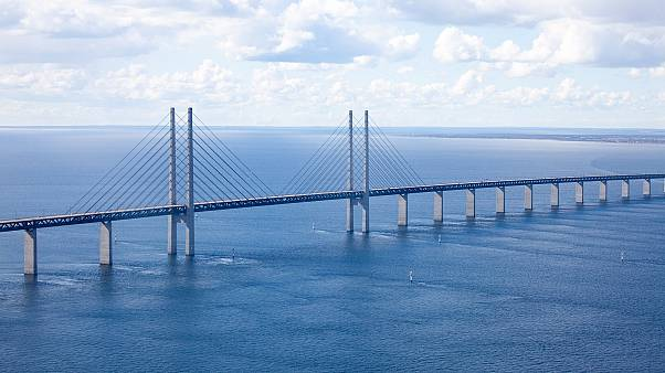 Una operación policial danesa obliga a cerrar el puente de acceso a Suecia