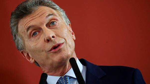 Presidente argentino reconhece e lamenta aumento da taxa de pobreza