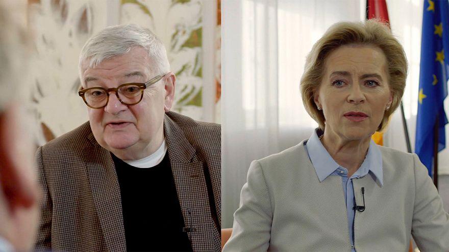 Joschka Fischer y Ursula von der Leyen hablan de los retos de la política exterior alemana