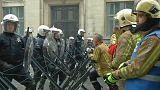 La  manifestation des fonctionnaires dégénère à Bruxelles