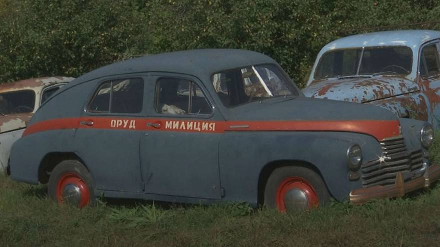 Russian enthusiast showcases Soviet car collection