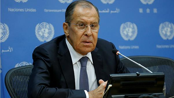 Chefe da diplomacia russa aponta baterias aos EUA