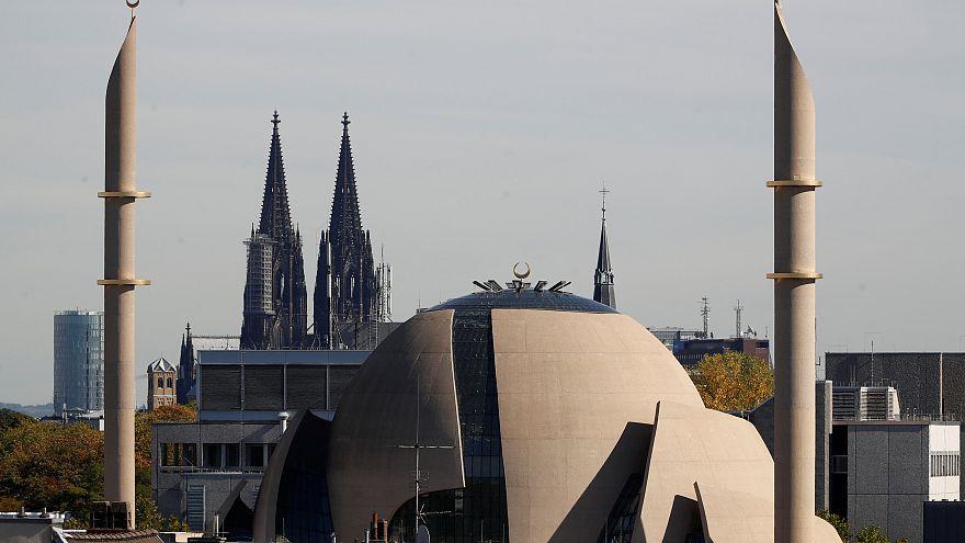 Die neue Moschee in Köln - 5 Fotos