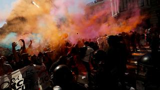 Police clash with Catalan separatists
