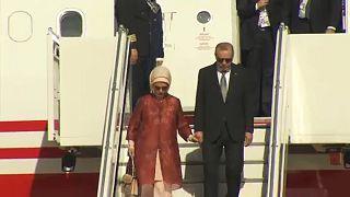 Erdogan reúne-se com Merkel no último dia da visita de Estado à Alemanha