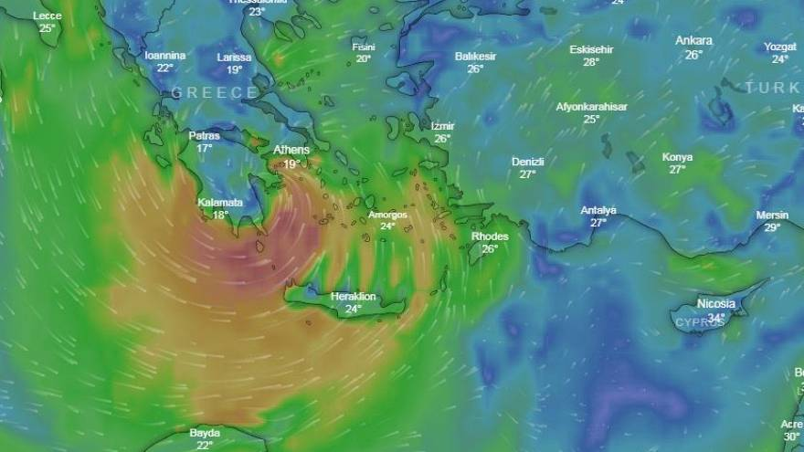 Πάτησε Ελλάδα ο Ζορμπάς - Πλημμύρες και εκκενώσεις σπιτιών (vid)