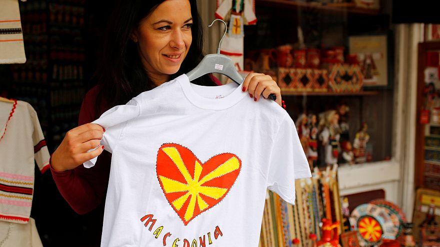 Macedónios votam nome do país e futuro na UE