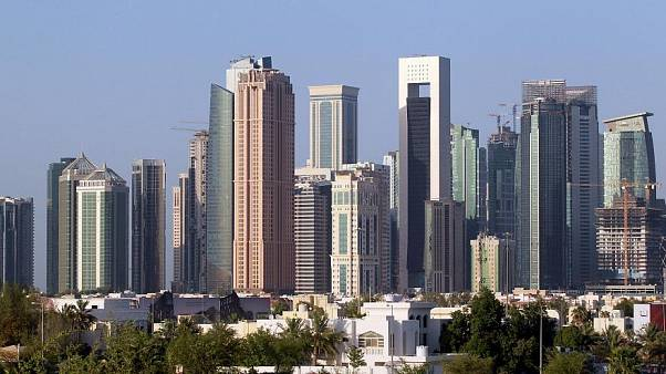 بلومبيرغ: هل تفقد قطر لقب أغنى مكان في العالم؟