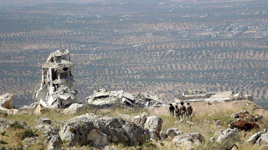 İdlib Mutabakatı'nın ardından ilk silahlı muhalif grup çekilmeye başladı