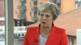 Al via Congresso dei Tories, Theresa May tenta di ricompattare il partito