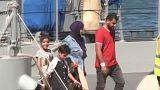"""Мигранты с """"Аквариуса"""" высадились на Мальте"""