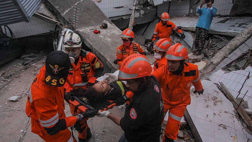 Indonesia Disaster: at least 400 dead