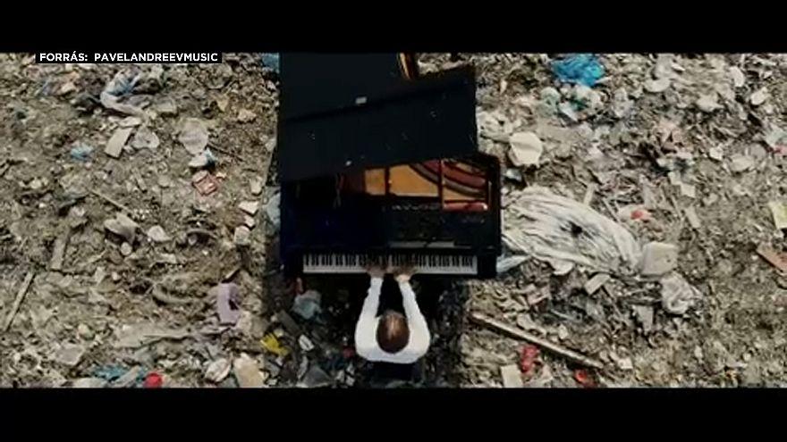 Zongorista a szeméttelepen