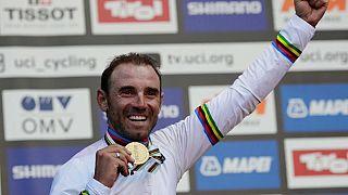 Ciclismo, a 38 anni lo spagnolo valverde è campione del mondo