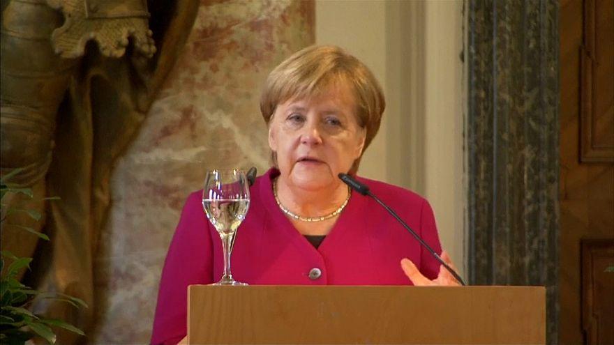 Merkel: Kritische Worte in Richtung Trump