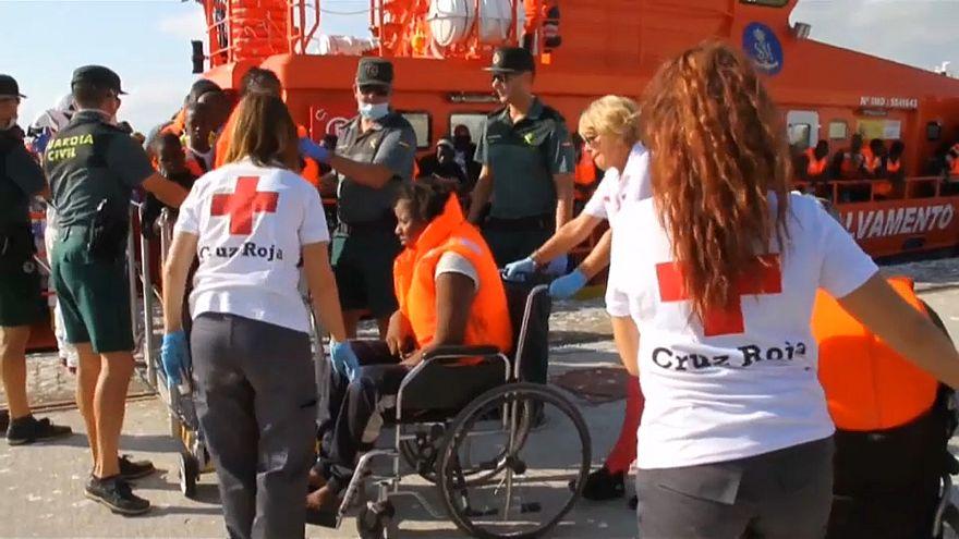 Casi 700 migrantes rescatados en dos días en las costas españolas