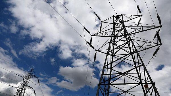 Türkiye: Elektriğe yüzde 8,  doğalgaza yüzde 9 zam