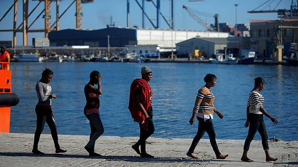 Földközi-tengerből kimentett migránsok Malagában, 2018. szeptember.