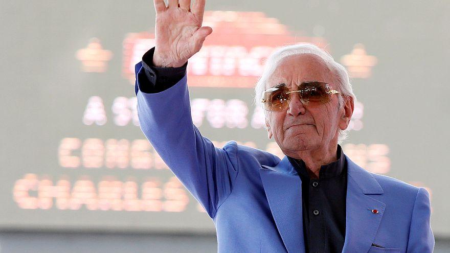 وفاة الفنان الفرنسي شارل أزنافور عن عمر ناهز 94 عاما