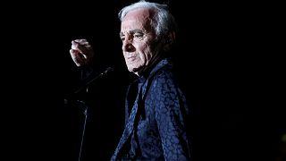 El cantante Charles Aznavour durante un concierto en 2013