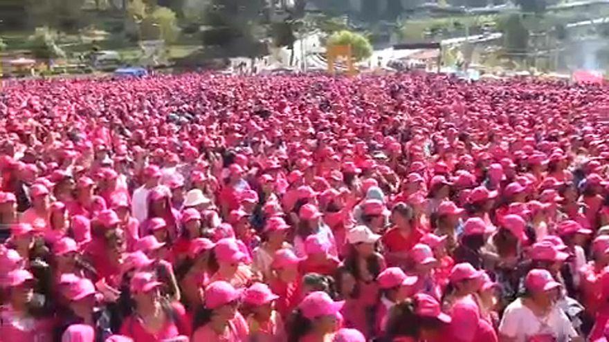 Bolivian women protest against gender-based violence