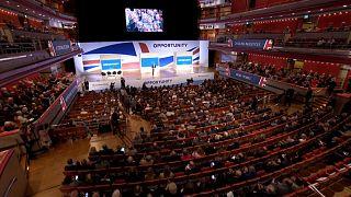 Britische Konservative streiten auf Parteitag über Brexit-Kurs