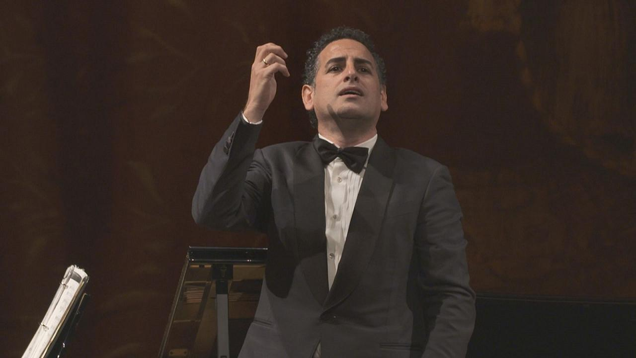 Opera star Juan Diego Flórez returns to his roots in Latin America