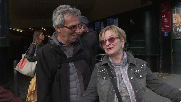 Les Parisiens chantent Aznavour