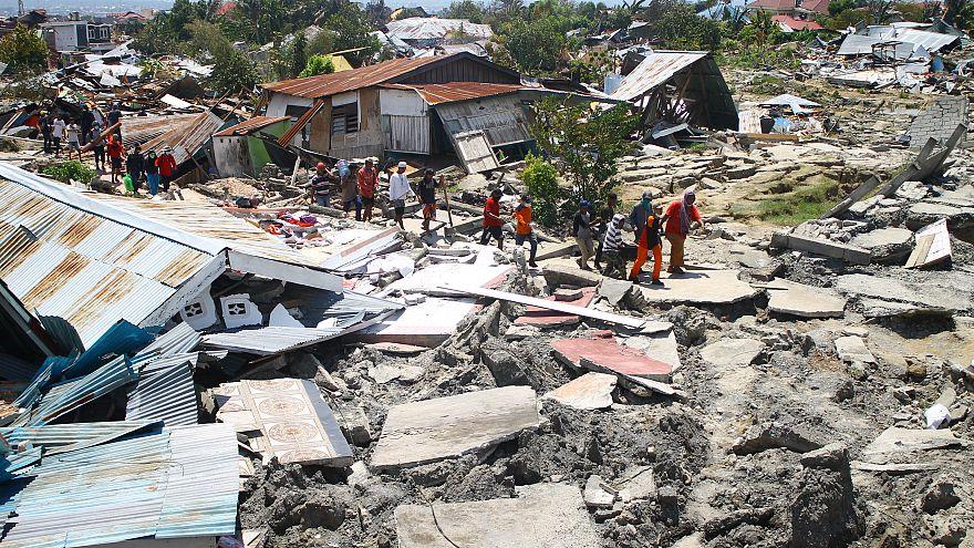 Ινδονησία: Πάνω από 1.200 οι νεκροί