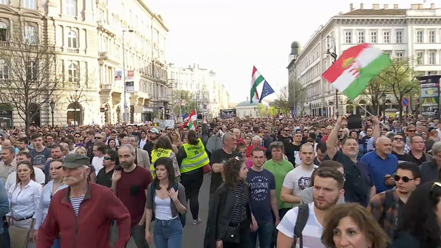 Ungarn: Bürgerrechtler kritisieren neues Demonstrationsrecht
