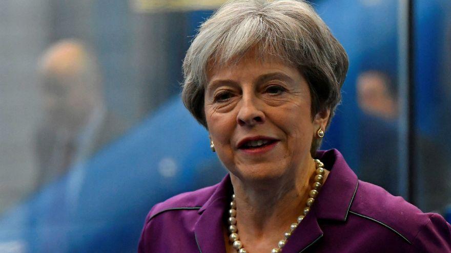 May: nem lesznek előnyben az uniós munkavállalók a brexit után