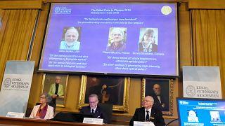 Nobel per la Fisica assegnato a Ashkin, Mourou e Strickland