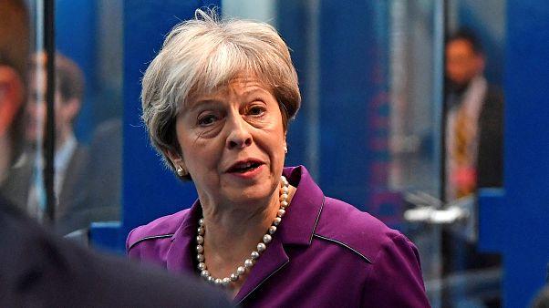 May: al convegno Tories la premier cerca di mostrare i muscoli