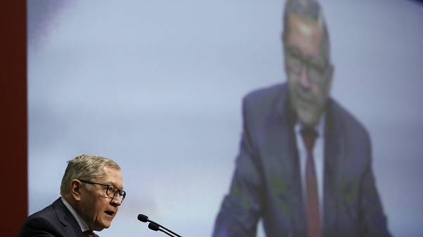 Ρέγκλινγκ: Πρώτα συζήτηση και μετά αλλαγές στον ελληνικό προϋπολογισμό