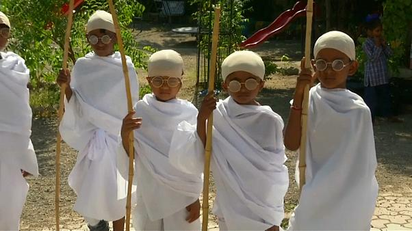 Indian children dress as Gandhi to mark 150th anniversary of independence leader's birth